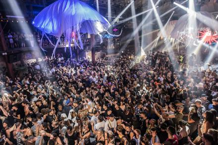 Cocoon's Closing: simply unforgettable