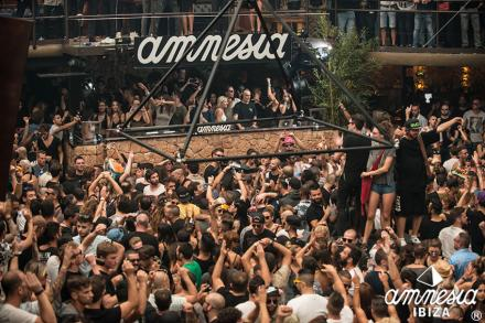 AMNESIA launches different packs to its closing