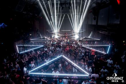 AMNESIA PRESENTS DO NOT SLEEP CLOSING PARTY